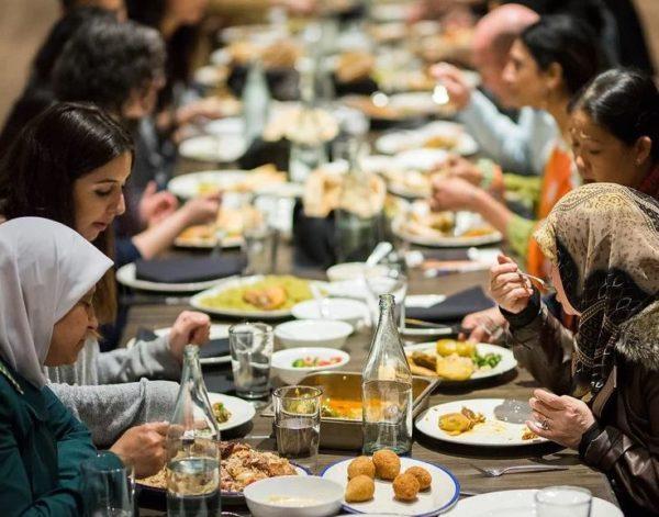 Jin-Ya Huang, 'Break Bread Break Borders' event photo
